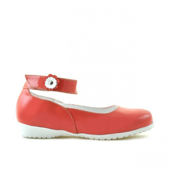 Small children shoes 17c patent red coral
