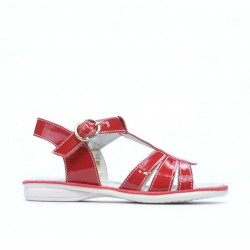 Small children sandals 53c patent red