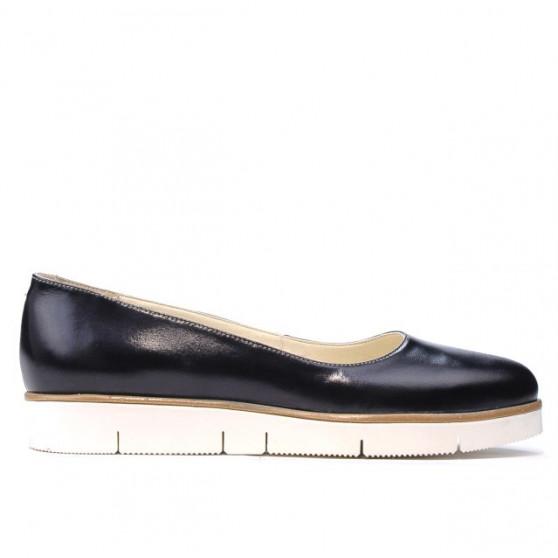 Women casual shoes 677 patent indigo