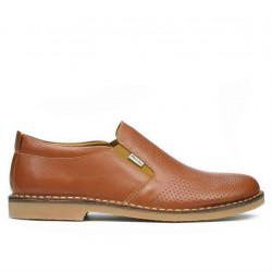 Pantofi casual barbati (marimi mari) 7200mp maro perforat