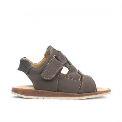 Small children sandals 59c bufo sand