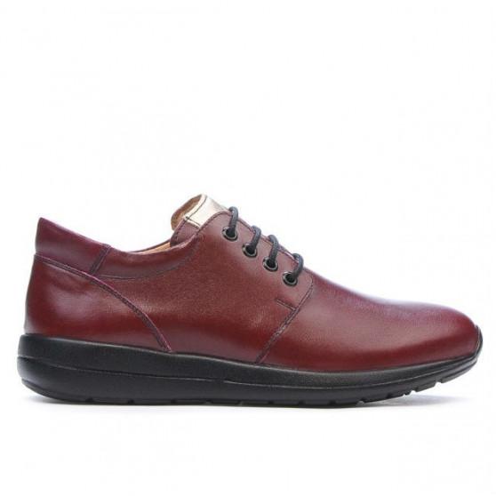 Teenagers stylish, elegant shoes 399 bordo