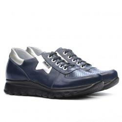 Women sport shoes 680 indigo combined