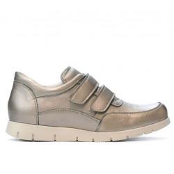 Women sport shoes 681 golden