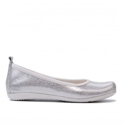 Children shoes 100 white pearl