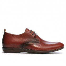Teenagers stylish, elegant shoes 370 a brown