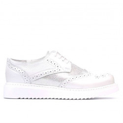 Women casual shoes 663-2 white pearl combined