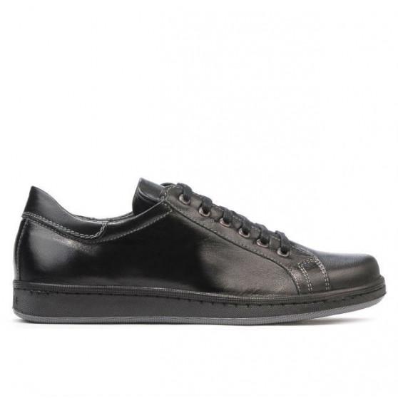 Teenagers stylish, elegant shoes 369 black