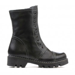 Small children boots 39c black