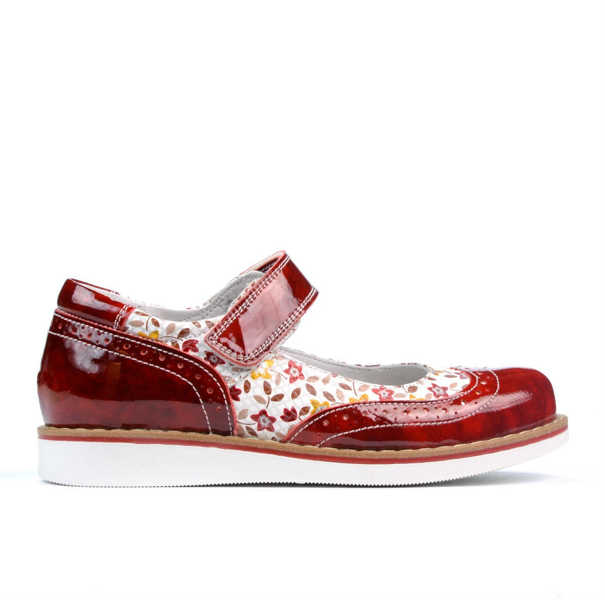 Children shoes 153 patent red. Natural