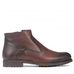 Men boots 4102 a cafe