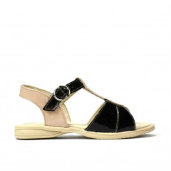 Small children sandals 40c patent black+ivory