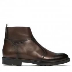 Men boots 499 a cafe