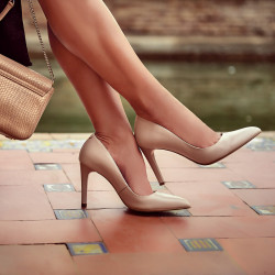 Women stylish, elegant shoes 1276 nude