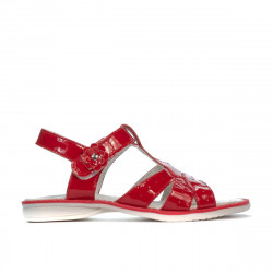 Small children sandals 18c patent red