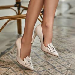 Women stylish, elegant shoes 1282 white fildes