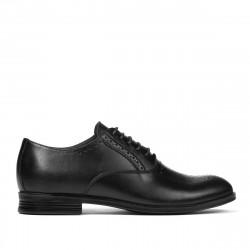 Teenagers stylish, elegant shoes 380 black