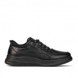 Teenagers stylish, elegant shoes 379 black