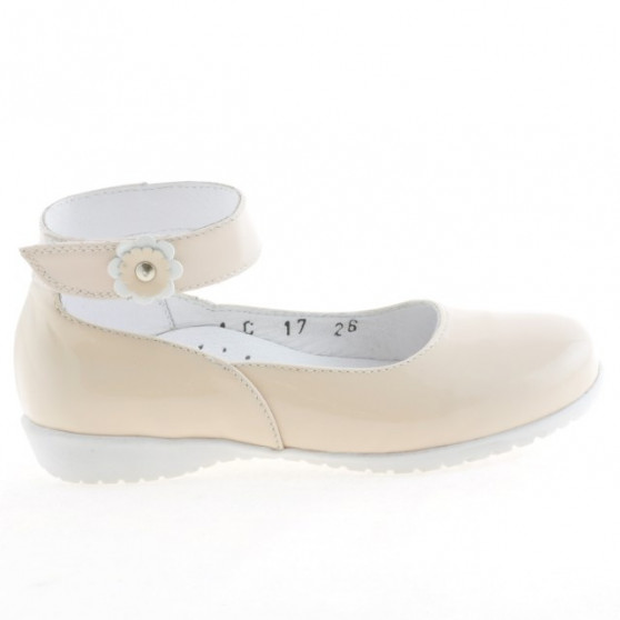 Small children shoes 17c patent ivory
