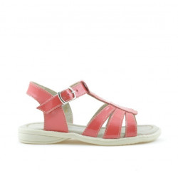 Small children sandals 53c patent coral