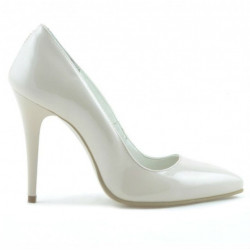 Women stylish, elegant shoes 1241 patent ivory