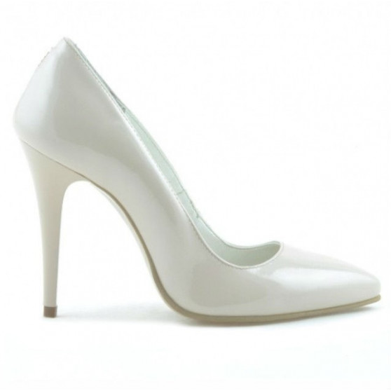 Women stylish, elegant shoes 1241 patent ivory