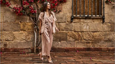 Vrei sa achizitionezi online sandale dama? Iata 5 aspecte de care trebuie sa tii cont!