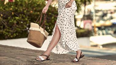 Tu stii sa alegi corect o pereche de sandale de dama? Iata de ce trebuie sa tii cont!